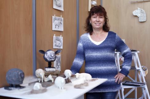 claudine le bloascéramiste -l'atelier du mouton blanc